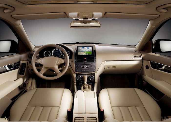 Follow a Few Steps to Keep Your Car's Interior Neat and Clean